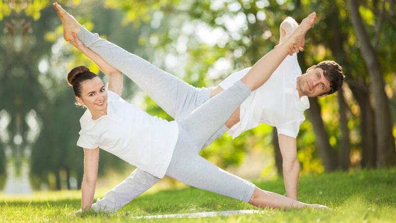 3 Super Simple Ways to Deepen Intimacy with Yoga