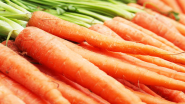 A Look Into Your Yoga Yummies: Part 5: Carrots, Chef!