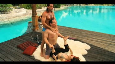 Funniest Yoga at the Movies! – Couples Retreat