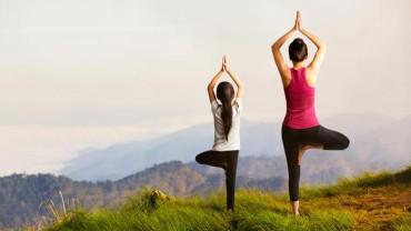 Yoga in Colorado:Can Marijuana Enhance Your Yoga Practice?