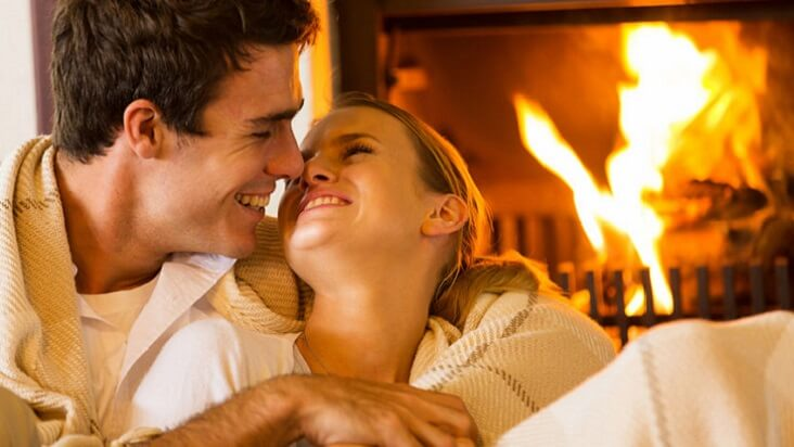 For Men – 5 Steps to Navigate her periods, happy & hassle free